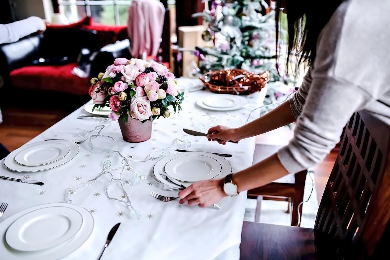 Сервировка стола для застолья